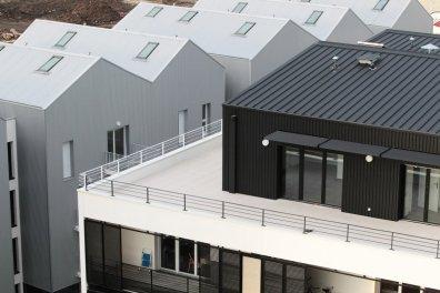 un-detail-des-nouveaux-immeubles-d-habitation-du-nouveau_2552828_1200x800